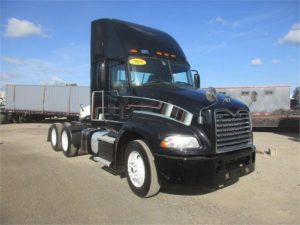 2015 MACK PINNACLE CXU613 5121296307