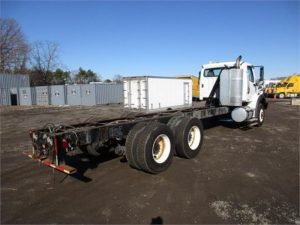 2011 FREIGHTLINER BUSINESS CLASS M2 106 5248433375
