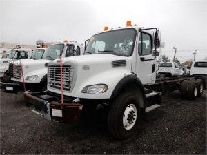 2011 FREIGHTLINER BUSINESS CLASS M2 106 5156481683