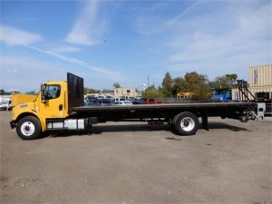 2013 FREIGHTLINER BUSINESS CLASS M2 106 6042408427