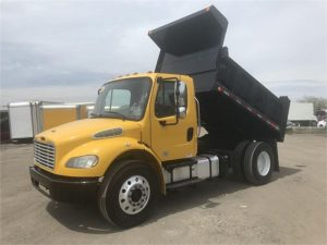 2013 FREIGHTLINER BUSINESS CLASS M2 106 6047215115