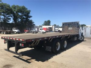 2013 FREIGHTLINER BUSINESS CLASS M2 106 6085821713