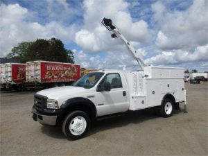 2005 FORD F550 XL SD 6117702761