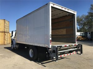 2013 FREIGHTLINER BUSINESS CLASS M2 106 6147393205