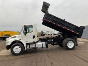 2012 FREIGHTLINER BUSINESS CLASS M2 106 6215012107