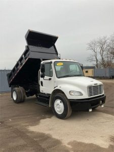 2012 FREIGHTLINER BUSINESS CLASS M2 106 6215012115